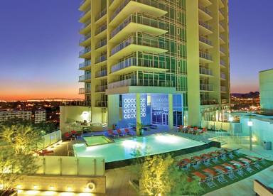 West 6th - Luxury Living -Pool